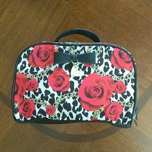 Betsey Johnson large toiletry bag